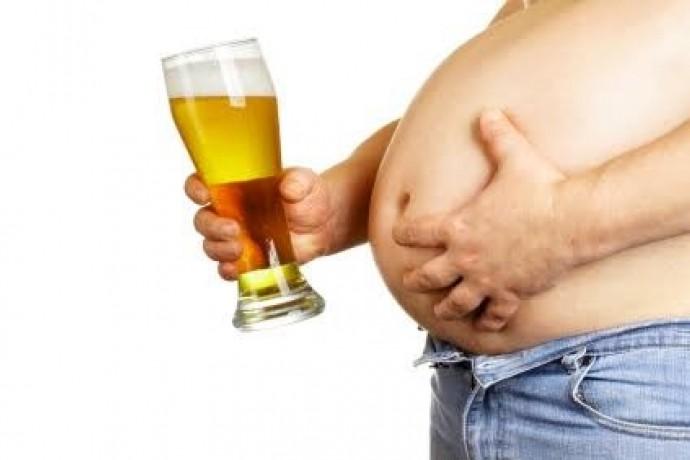 アルコールがダイエットに及ぼす悪影響