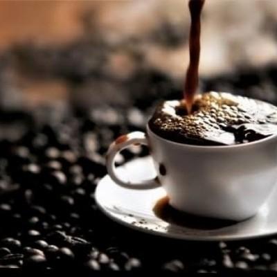 カフェインがダイエットを〇〇する!