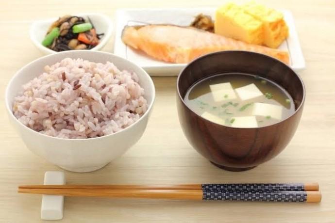 和食で健康的にダイエット