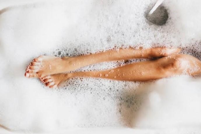 美脚を作り出すレギンス入浴ダイエット