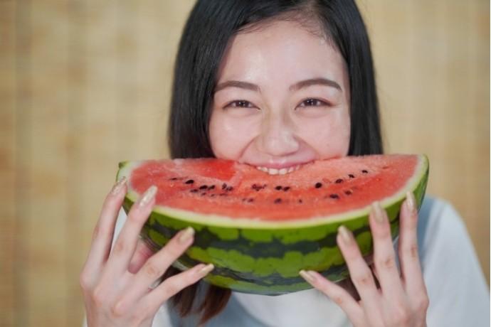 夏に食べたいスイカに含まれる栄養とは!?